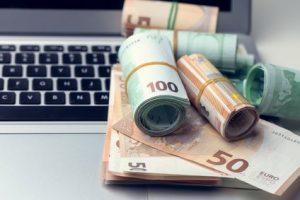 gagner 2000 euros par mois sur internet